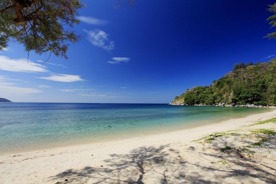 Traumstrand in Thailand. Reiseveranstalter OVERCROSS