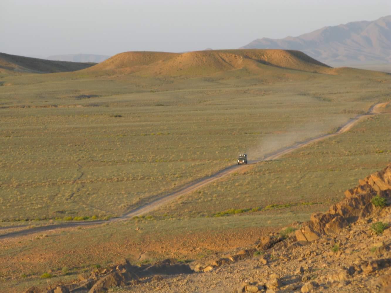 Motorradreisen und Geländewagentouren mit Overcross in Marokko