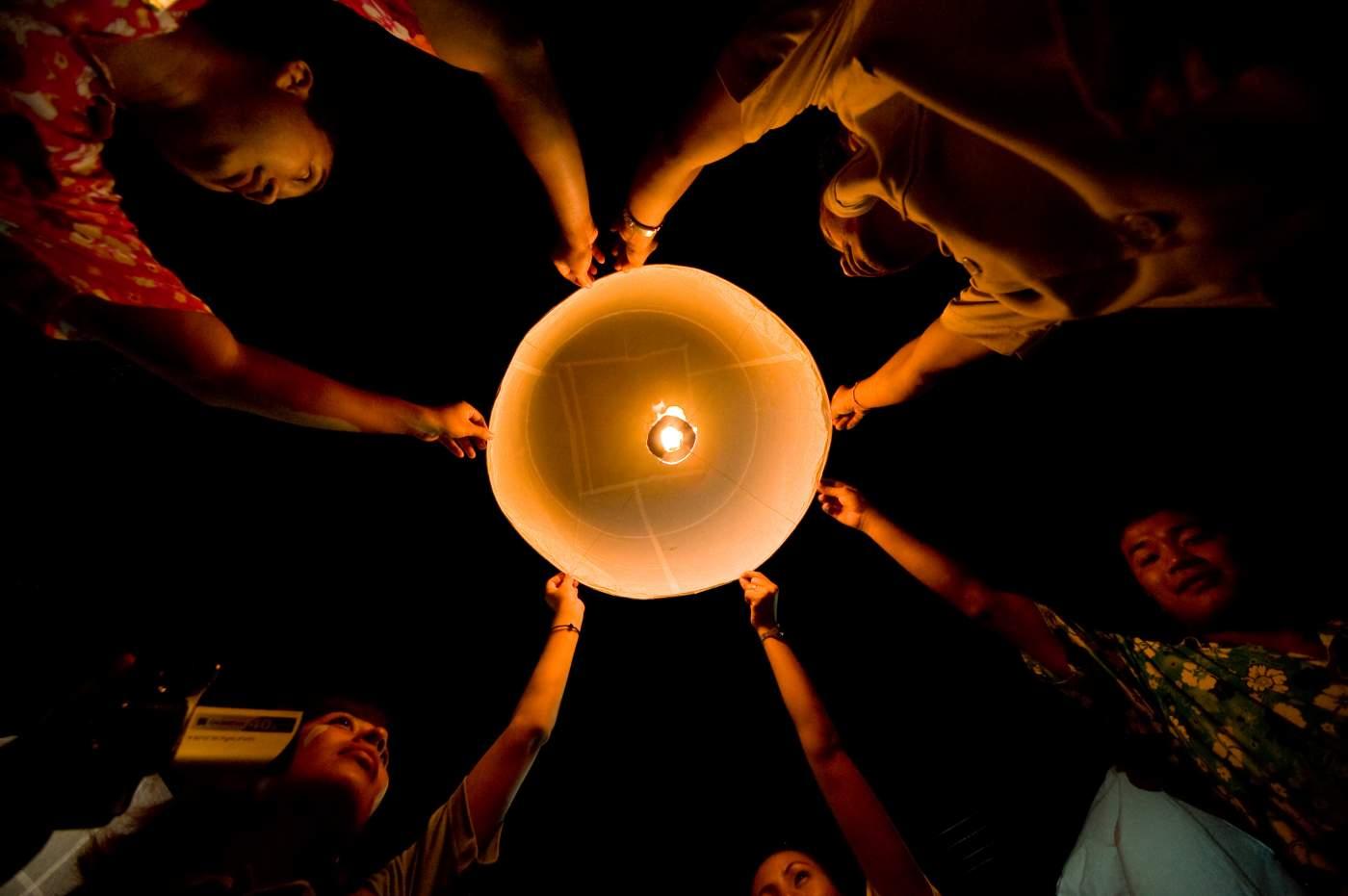 Lampenfest in Thailand, Länderinfo vom Reiseveranstalter OVERCROSS